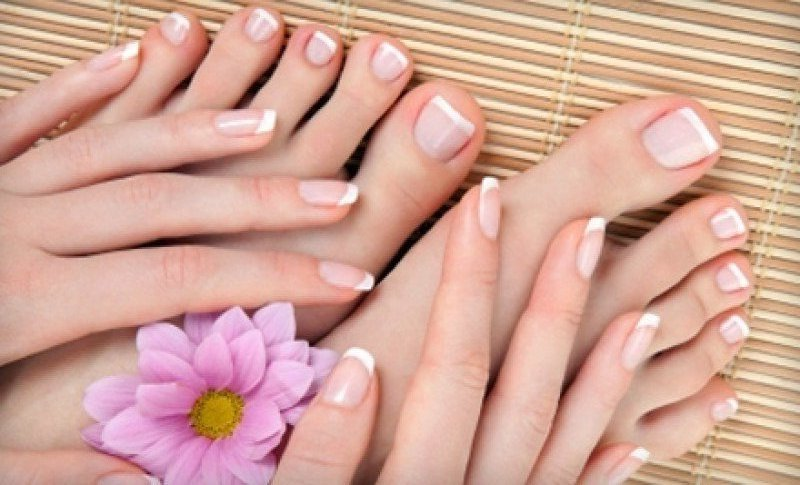 french-manicure-and-spa-pedicure-at-joseph-drozd-salon.jpg